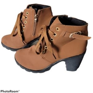 Thick Heel Tawny Brown Lace Up Ankle Booties Boots